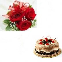 1/2 kg Black forest cake 3 red roses hand tied