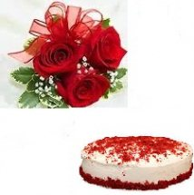 Strawberry Cake with 3 hand tied roses free