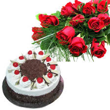 Half kg black forest Cake with 12 Lovely Dutch Roses
