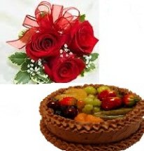 2 kg Chocolate fruit cake eggless with 5 roses