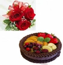 1 kg chocolate fruit cake eggless with 3 roses hand tied