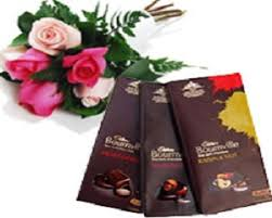 6 Red roses with 3 Bourneville chocolates