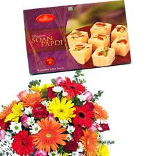 Half Kg Mithai and bouquet of 6 Assorted Flowers