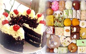 Black forest cake with half kilo mix Indian sweets