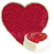 100 Heart shaped roses with 1 kg cake