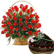 24 roses basket with heart shaped chocolate cake 1 kg.