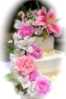 2 tier cake with flowers