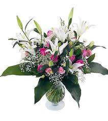 White Lilies Roses bouquet.