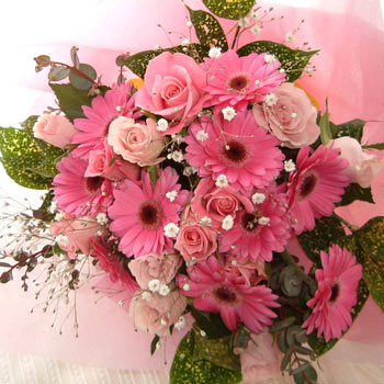 Pink flowers in a Bouquet.