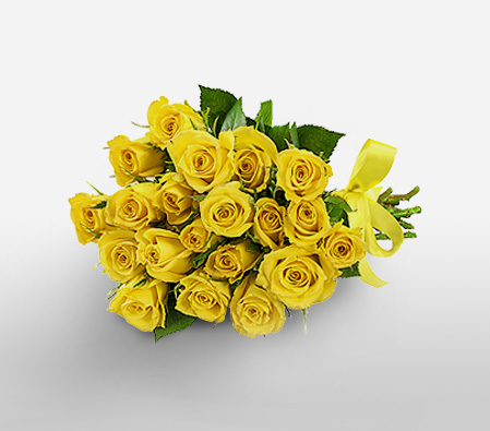 Yellow roses in a bouquet.