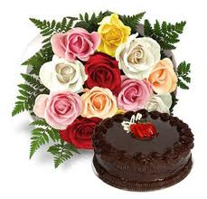 1/2 Kg Cake with Mixed flowers