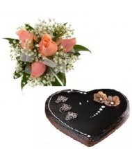 1 kg Heart Shaped Chocolate Cake with 4 pink roses hand tied