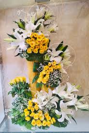 Lilies and roses yellow and white 4 ft stand