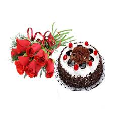 2 kg eggless Black forest cake with 3 red roses