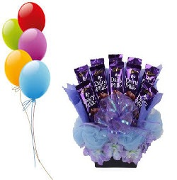 Birthday Flowers Online Gifts Wedding 5 Air Filled Balloons 8 Dairy Milk Chocolate Bouquet